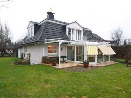 Wunderschönes Landhaus in Sasel, 2.900 €, 170 m², 6 Zimmer