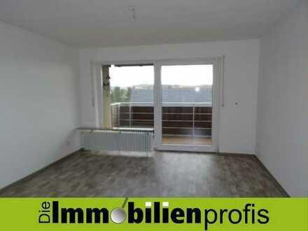 Großzügige Wohnung mit Einbauküche und Balkon in Trogen