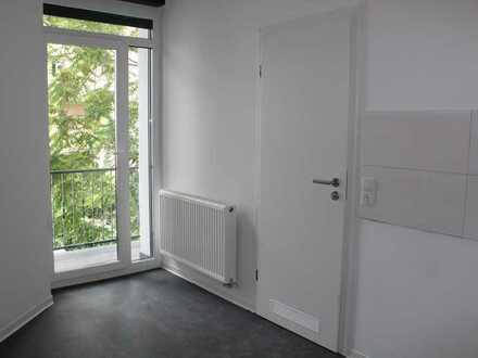 """"""" Erstbezug nach Sanierung"""" moderne 2-ZKB-Wohnung mit Balkon"""