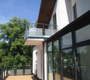 !!!Erstbezug-Maisonetten-Dachgeschoß nach umfassender Modernisierung in der Nähe des Schloßparks!!!