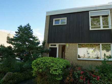 Wiesbaden Dotzheim - direkt am Waldrand - REH mit Terrasse & Garten im Bieterverfahren zu verkaufen!