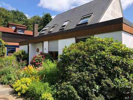 Schönes Einfamilienhaus mit acht Zimmern in Oldenburg, Eversten