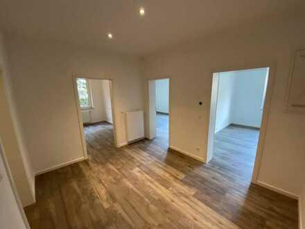 Erstbezug nach Sanierung: schicke 3-Zimmer-Wohnung mit Einbauküche in Stuttgart-Untertürkheim