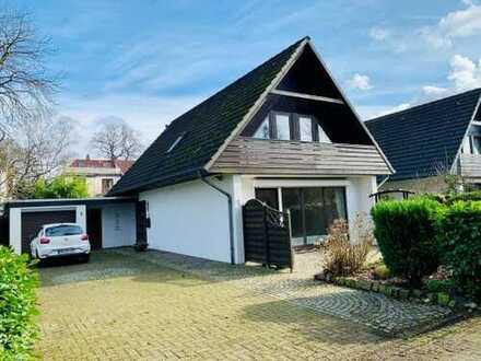 Burg-Grambke! Attraktives Einfamilienhaus mit Garage in familienfreundlicher Wohnlage!
