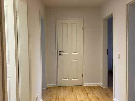Erstbezug nach Sanierung: Schöne 3-Zimmer-Wohnung zum Kauf in Wilhelmsburg