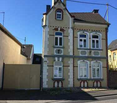 Schönes Jugendstilhaus mit sechs Zimmern Niederkassel- Mondorf (nähe Bonn)