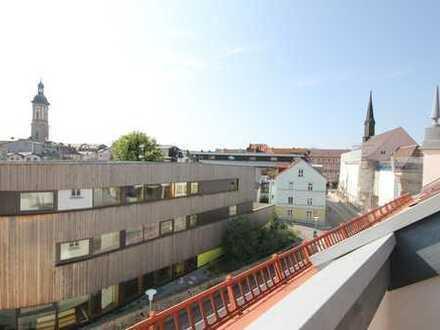 Wohn(t)raum zum Wohlfühlen! 3 Zimmer, zwei Dachterrassen, Lift, zentral gelegen in Traunstein!