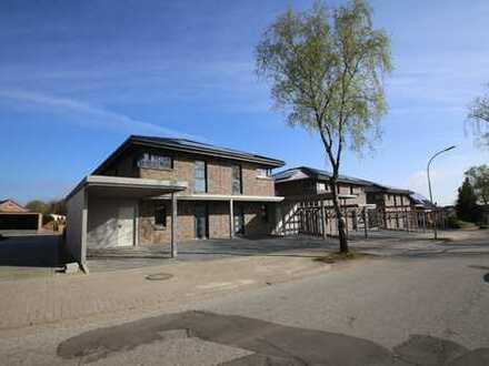 Moderne KfW 40+ Doppelhaushälfte