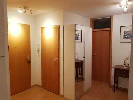 Exklusive, gepflegte 3,5-Zimmer-Wohnung mit Balkon und EBK in Korntal-Münchingen