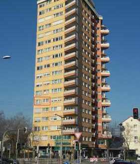 !! RESERVIERT !! Sonnige großzügige 2,5-Zi.-Wohnung im DENKMALGESCH. H-Haus !!!TOP-Lage in S-Rot!!!