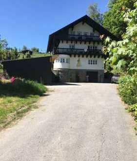 Wunderschöne ruhige 3-Zimmer Wohnung in Neukirchen 1OG