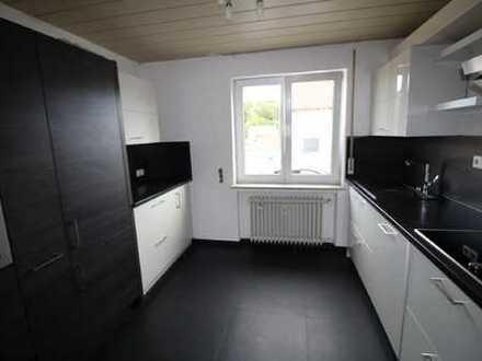 Top-Angebot Schöne 4-Zimmer-Erdgeschosswohnung mit Gartenanteil in Breitenfürst