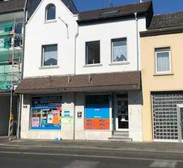 attraktives Wohn und Geschäftshaus mit einer Gewerbeeineheit und 6 Wohneinheitren in Bonn Duisdorf