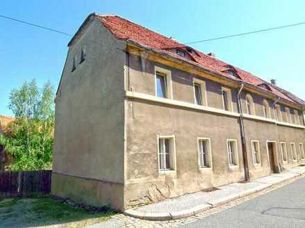 Denkmalgeschütztes MFH mit Nebengebäuden - ca. 14 km östlich von Bautzen