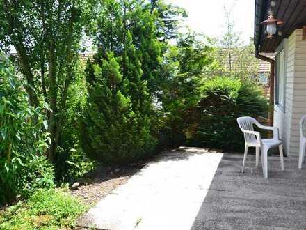 Großzügiges Einfamilienhaus mit Garten in ruhiger Lage.