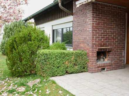 Sehr geräumiges Einfamilienhaus mit großem Garten in ruhiger Lage, Friedrichshofen, Ingolstadt
