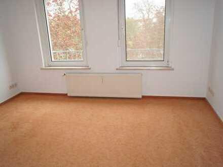 Freundliche, gepflegte 2-Zimmer-DG-Wohnung zur Miete in Genthin