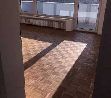 Neu: Schöne 5 Zimmer Wohnung sucht neue Mieter