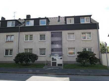 Schöne und helle 3-Zimmer-Dachgeschosswohnung mit großem Balkon und toller Aussicht direkt am Wald
