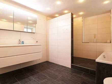 F&D | Renovierte 5-Zimmer-Wohnung mit Balkon & EBK