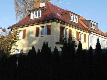 Attraktive DHH mit Garten in Stuttgart-Sonnenberg