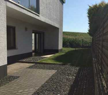 Neuwertige 2-Zimmer-Erdgeschosswohnung mit eigenem Garten und EBK in Zülpich