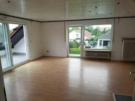 Helle 3,5 Zi. Wohnung, 100qm, gehobene Ausstattung, in 61191 Rosbach