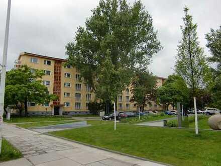 Platz für Kind & Kegel - 4-Raumwohnung mit Balkon