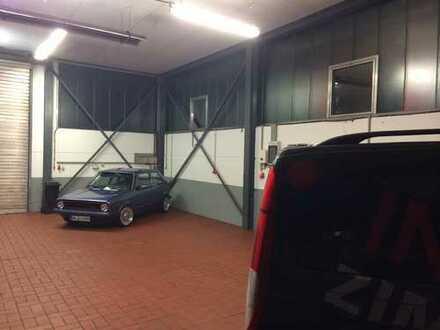Garaenstellstellplatz für PKW und Motorrad Oldtimer und Sportwagen