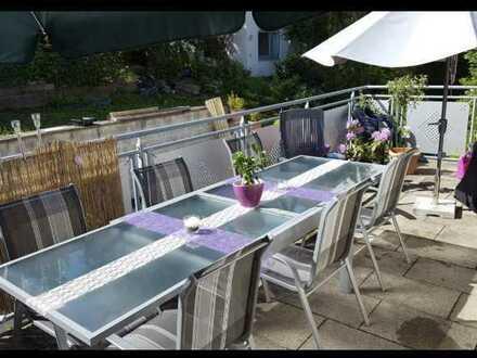 Gut aufgeteilte Wohnung mit viel Terrasse
