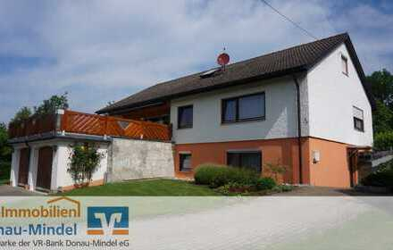 Einfamilienhaus mit Einliegerwohnung und ausgebautem Dachgeschoss in Zöschingen