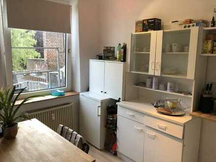 GÜNSTIGE 2-Zimmer-Wohnung - zentrale Lage in Aachen