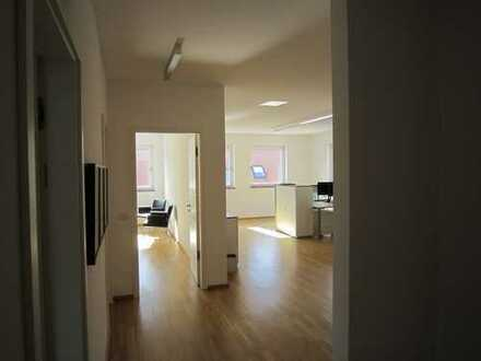Geräumige Büroräume in Biberach ~ 3 Räume ~ inkl. Küche ~ Warmmiete