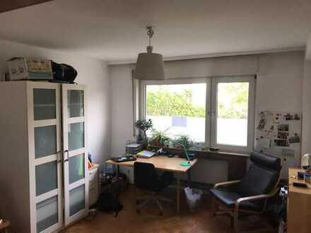 Schönes Zimmer in ruhiger Lage zur Untermieter ab sofort bis 31.01.2020