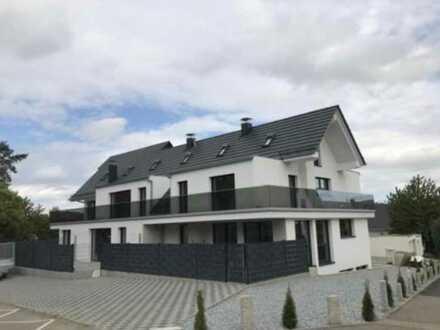 Neuwertige Maisonette-Wohnung mit drei Zimmern und Balkon in Karlsbad