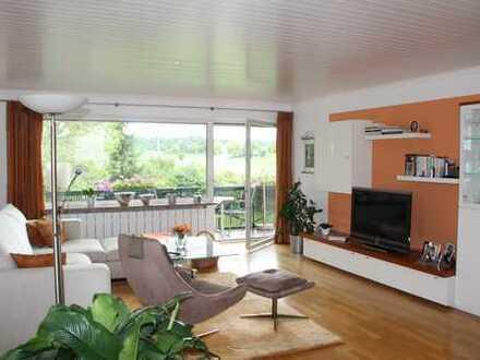 Grosszügige 4 Zimmer Wohnung mit umlaufenden Balkon in Ortsrandlage von Utting