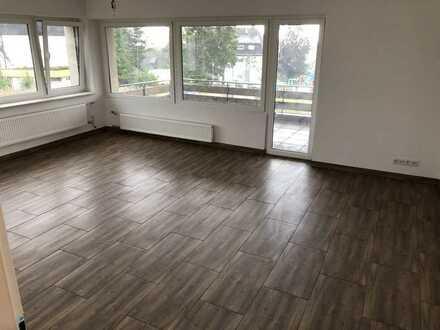 990 €, 125 m², 5 Zimmer, ERSTBEZUG nach Sarnierung