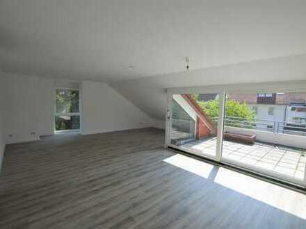 Erstbezug nach Renovierung #Dachgeschoss #Tiefgarage #3-4 Zimmer