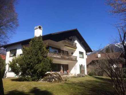 Stilvolle, helle 4-Zimmer-Wohnung mit Balkon in Garmisch-Partenkirchen