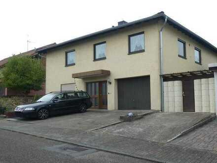 Haus mit Einliegerwohnung in Aglasterhausen auf Erbpacht