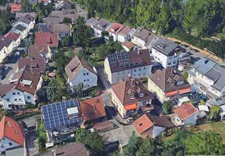 Heidelberg-Handschuhsheim: WG-Wohnung in ruhiger Seitenstr. mit eigenem Balkon u. Übernahme Möbe