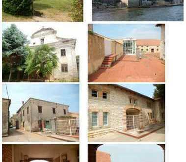 260.000 qm Grundstück ++ Paradiesstrand, Bauland, Schloss, Kloster, Kirche ++ Kroatien /Höhe Venedig