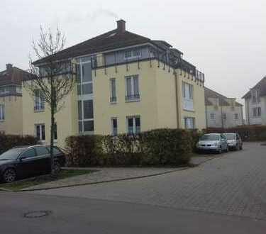 Schöne zwei Zimmer Wohnung in Oberhavel (Kreis), Glienicke/Nordbahn