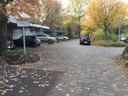 PKW-Außenstellplatz in bester Lage der Bonner-Altstadt