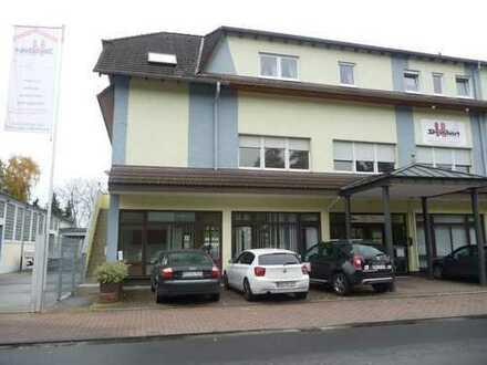 3-Zimmer Wohnung mit Balkon und separatem Eingang