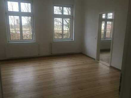 Stilvolle, modernisierte 2-Zimmer-Wohnung mit Einbauküche in Oranienburg