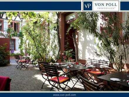 Historische Hofanlage mit idyllischem Innenhof und bezauberndem Garten