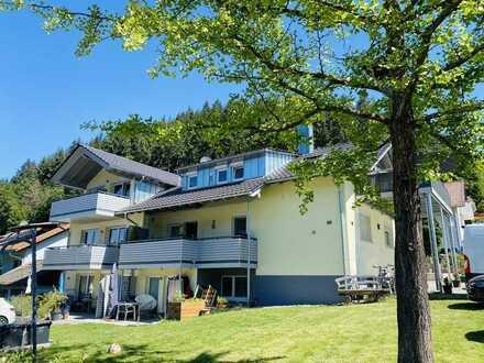 Zweitbezug!! Wunderschöne helle & exklusive 3 Zimmer Dachgeschoss Wohnung mit Blick auf die Berge