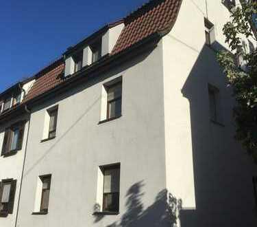Exklusive, vollständig renovierte 3-Zimmer-DG-Wohnung in Nürtingen