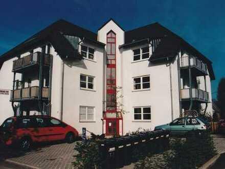 Großzügige 6-Zimmer-Wohnung mit Balkon in Neukirchen/Erzgebirge